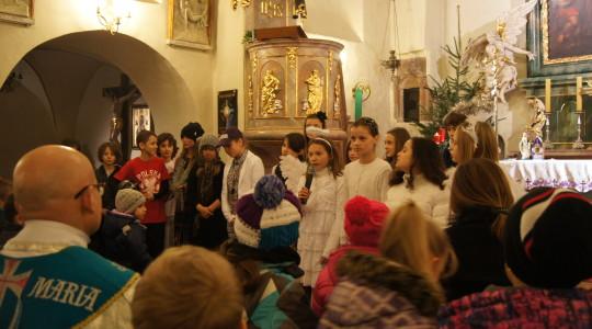 19.12.2013 Jasełka w kościele