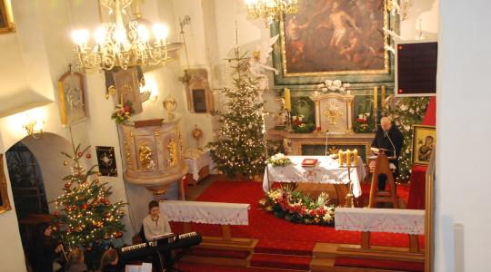 02.02.2014 BUDZIMY OLBRZYMA Eucharystia przygotowana przez wspólnotę Domowy Kościół